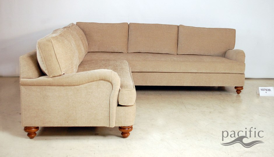 107639-Manchester-Sectional-01